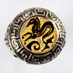 anello bianco ippocampo giallo